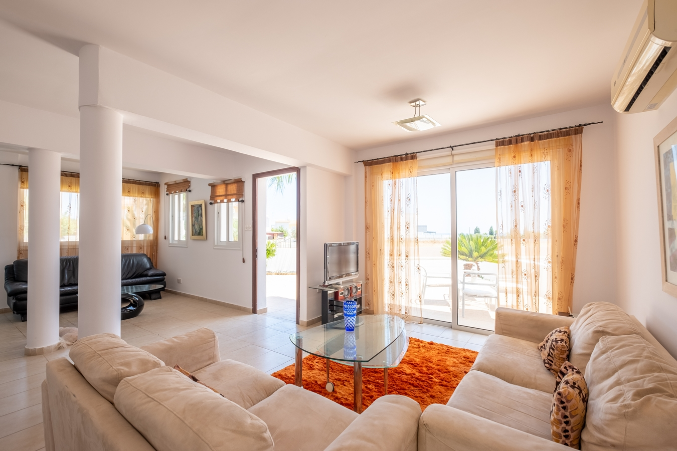 living room in holiday villa paralimni