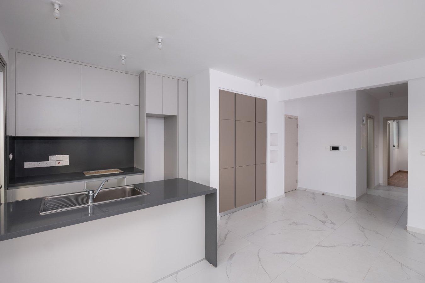 2 bedroom apartment for sale makedonitissa